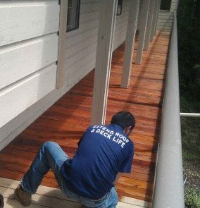 Man-Staining-Deck